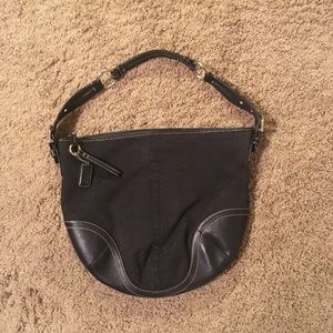 Coach hobo with black C pattern